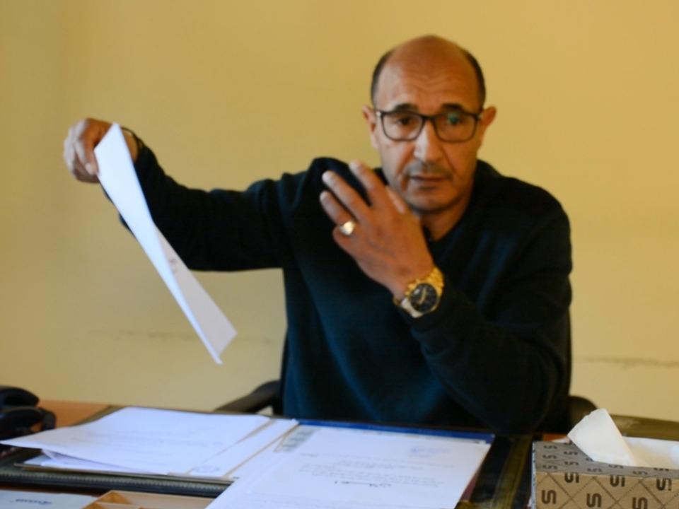 مدير سوق الخميس: تنظيم عمل العربات بالسوق هو الحل الوحيد لمشاكل السرقات وإغلاق الممرات واستغلال القاصرين