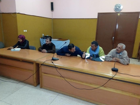 أشرف نائب رئيس الجماعة عبد الله القسطلاني على فتح أظرفة صفقة طمر النفايات المنزلية ومعالجتها وذلك يوم الاربعاء 25 فبراير 2020