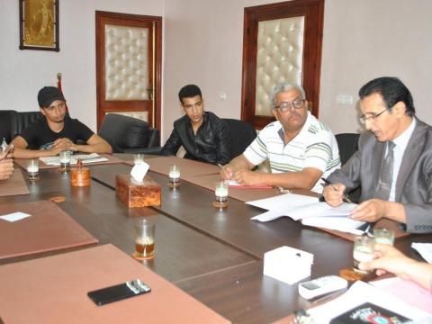 اجتماع مع جمعيات الأحياء بالمدينة في إطار الاستعدادات لاستقبال عيد الأضحى المبارك