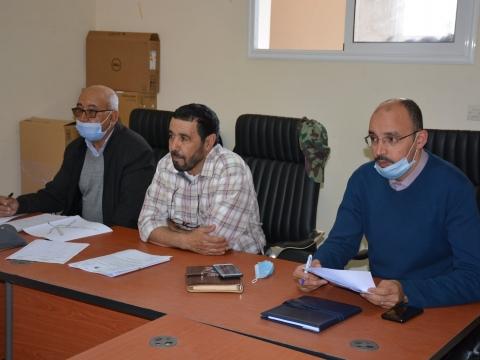 عقدت لجنة لجنة المرافق العمومية والخدمات برئاسة السيد الطيب نافعي