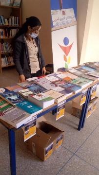 جمعية منتدى الابداع والتواصل تساهم في إغناء مكتبة المركز الثقافي التربوي المرس بتيزنيت